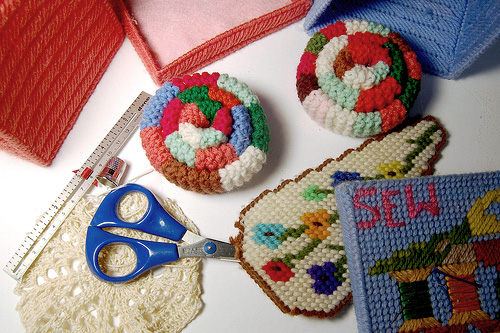 grandma-sewing-kit-01
