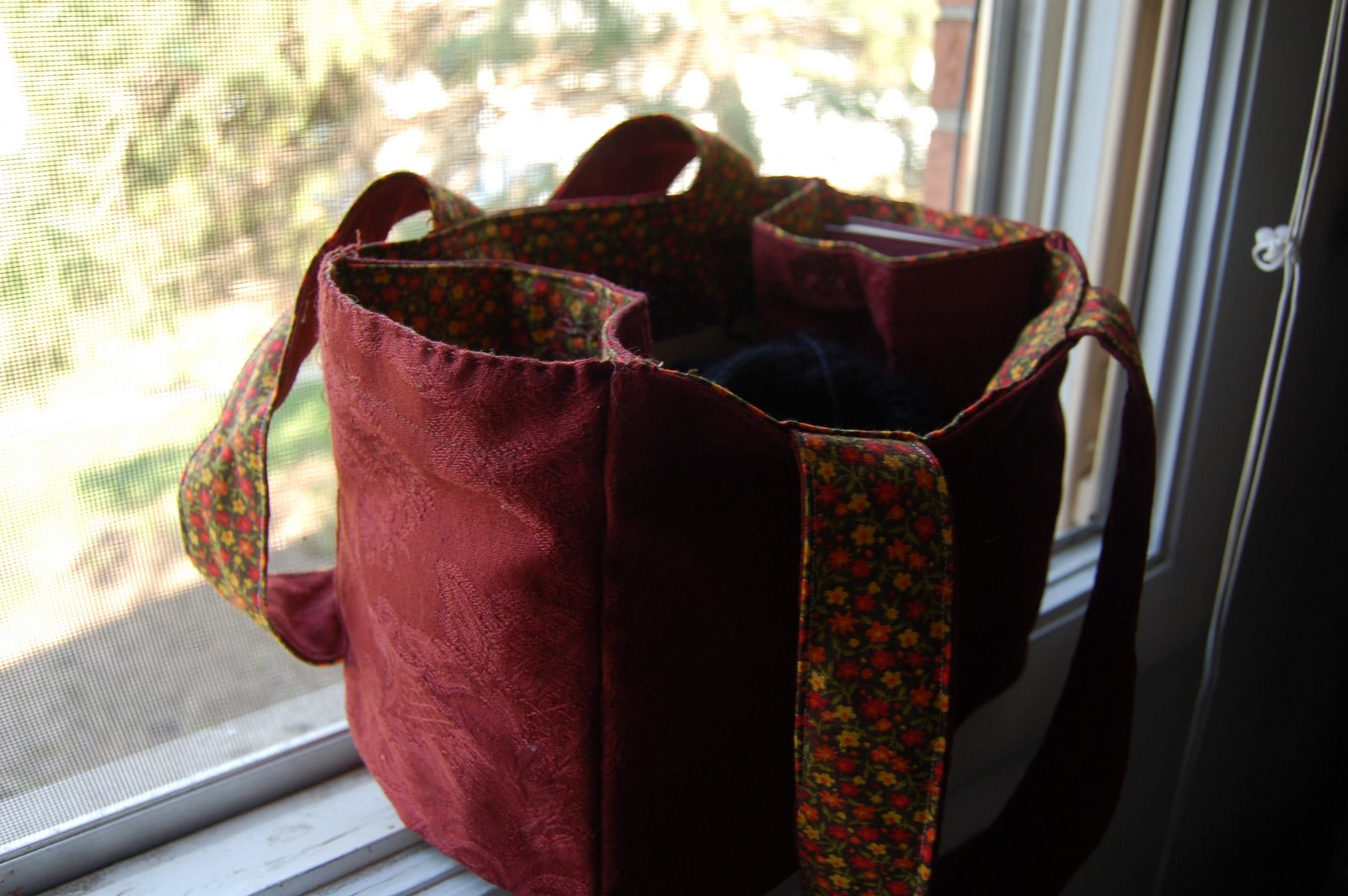 Free Pattern | Reusable Grocery Bag Made for your Bike Basket